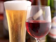 Enjoy a Wine or Cold Beer at Dongara Hotel Motel